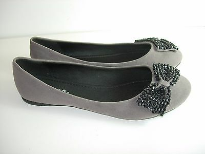WOMENS GRAY BLACK BEADED SODA BALLET FLATS CAREER COMFORT HEELS SHOES SIZE 7.5 - Ballet Beads Flat Heel Shoes