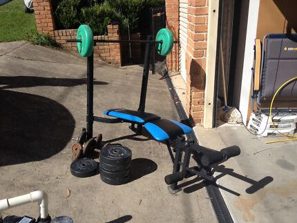 Weight set with dumb bells. Northmead Parramatta Area Preview