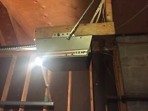Garage door opener for parts Craftsman/Sears