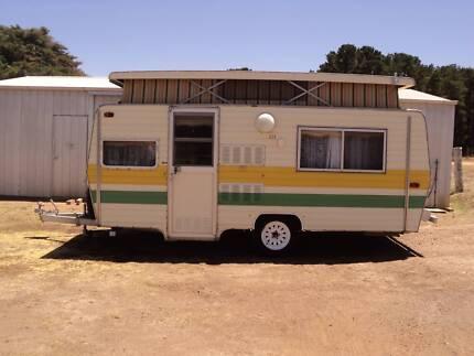 roma caravan Rokewood Golden Plains Preview