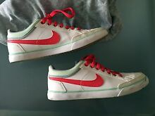Womens Nike Casual Shoes size 7 Arncliffe Rockdale Area Preview