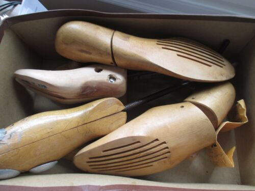 4 VINTAGE ADJUSTABLE WOOD/METAL SHOE TREE FORM STRETCHER KEEPER 2 SINGLES 1 PAIR