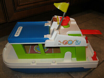 Fisher Price Little People vintage boat house 985