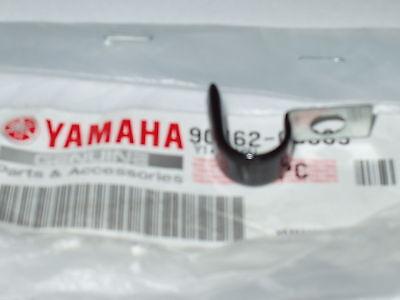<em>YAMAHA</em> FS1E CABLE GUIDE CLAMP  72   GENUINE