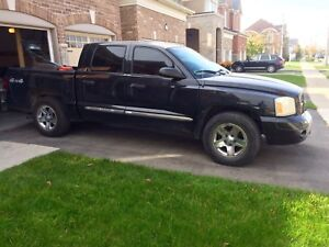 2007 Dodge Dakota black certified and etested