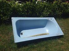 Free cast iron bath tub Little Bay Little Bay Eastern Suburbs Preview