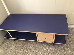 FREE DELIVERY. vintage TV stand from 1985