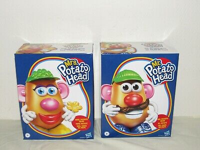 Mr And Mrs Potato Head Set (Classic MR. & MRS. POTATO HEAD Sets by)