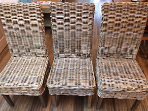 6 Dining Chairs - Beautiful and Solid. Padstow Bankstown Area Preview