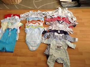Clothes bundles size 000 Kinross Joondalup Area Preview