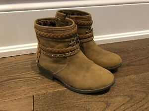Girl's Boots / shoes