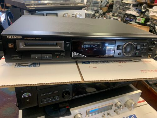 used Sharp MD-R2 MiniDisc Player Recorder great working order