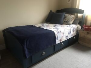 Captain bed twin size