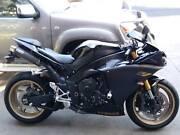 2010 yamaha YZF R1 1000cc super sport bike Beerwah Caloundra Area Preview