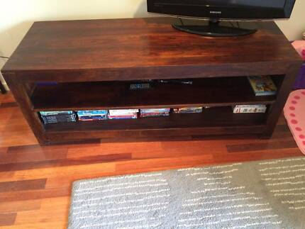Top quality TV Unit Dee Why Manly Area Preview