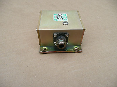 TX-RX (now Bird Technologies) Circulator / Isolator - 936 MHz UHF