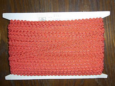 (0,68€/m) rote Borte / Litze, Höhe ca. 1,2cm 25m auf einer Pappe