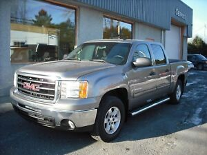 GMC Sierra 1500 4 RM, Cabine multiplaces 143,5 po, SLE 2009