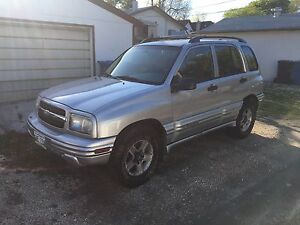 01 Chevy Tracker