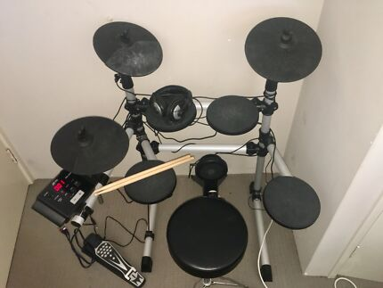 CB-700 Electronic Drum Kit