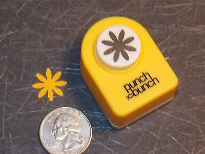 Small Daisy Punch 5/8 inch Scrapbook Paper Punch Bunch G16 Dollys Gallery