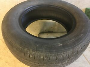 225-65-R-16 TIRE. Very good condition One Only