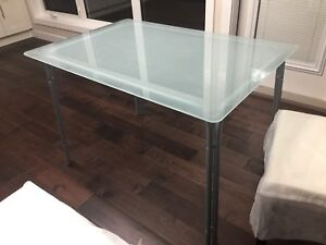 Dinning  Table, moving sale