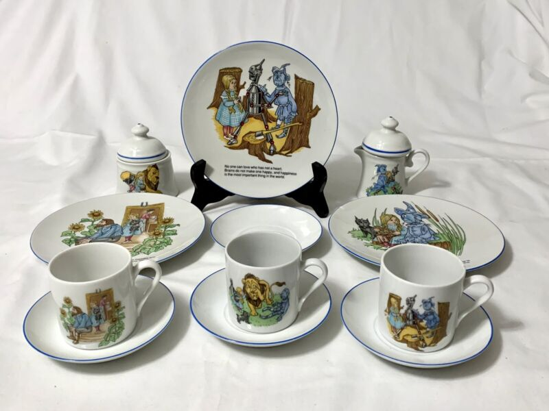 Wizard Of Oz - Smithsonian Inst. Reutter Porzellan Story Book Tea Set W. Germany