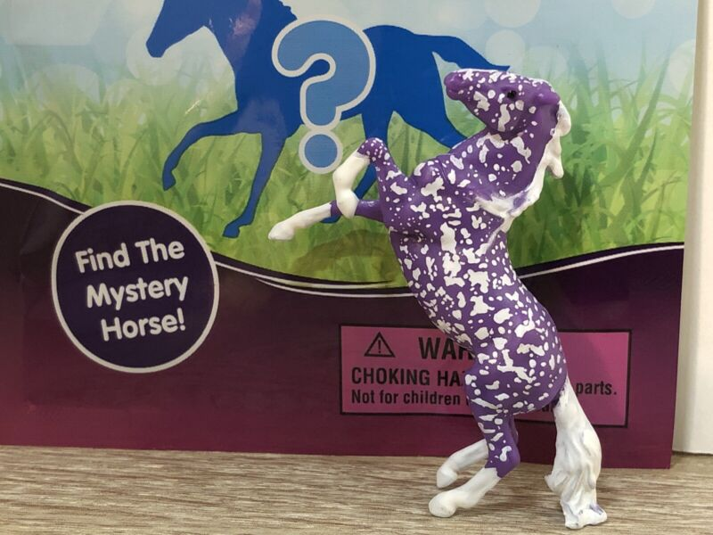 Breyer 97620 Violet Rearing Mustang Mini Whinnies Horse Surprise CHASE Series 3