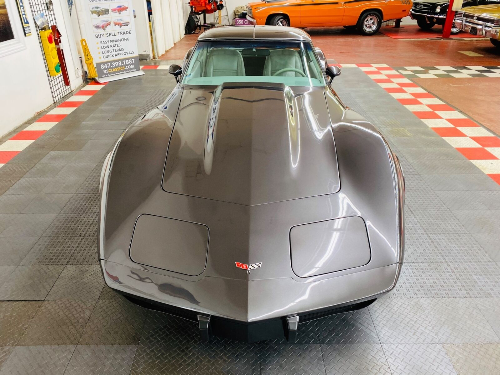 1977 Gray Chevrolet Corvette   | C3 Corvette Photo 4