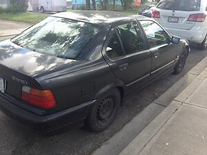 I have am selling my BMW 325i   1993