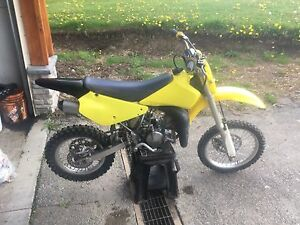 Mint condition 2009 Suzuki RM 85 trade for smaller 4 stroke
