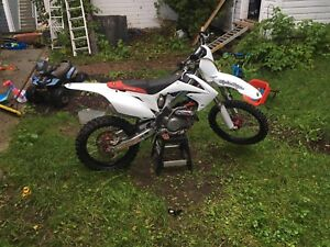 MINT 2009 Crf450r fuel injected
