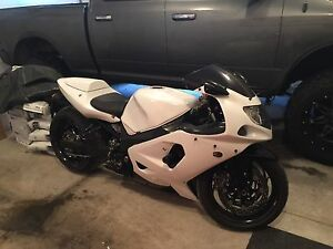 CUSTOM Suzuki gsxr 1000 stretched 240 tire lowered