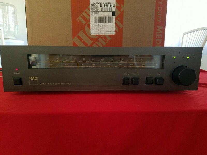 Vintage NAD 4020 AMFM Audiophile Analog Stereo Tuner Excellent Reception