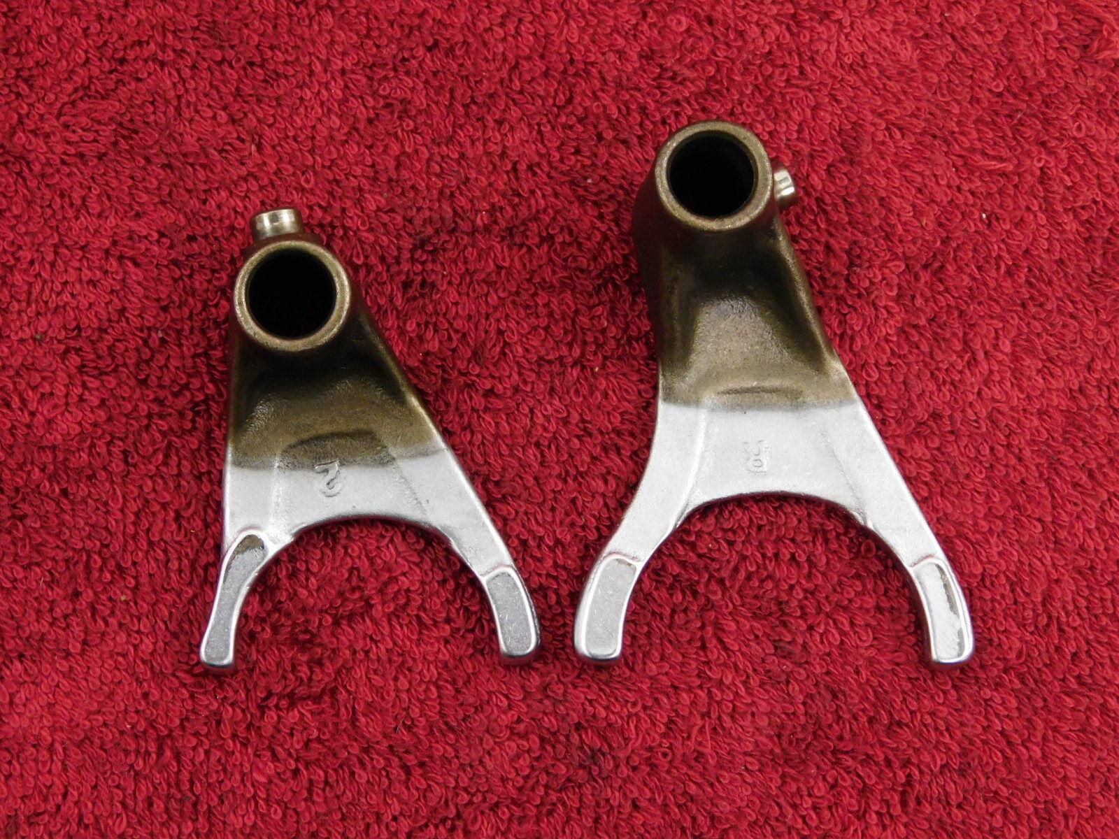 TWO ~ SHIFT FORKS 84-85 FJ1100 FJ 1100 <> 86-93 FJ1200 gear shifting fork # 2&3