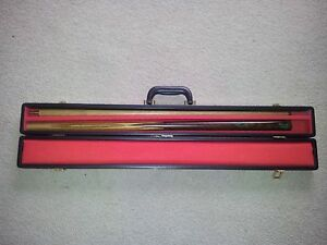 BARRACUDA 'CLASSIC' 2PCE POOL CUE with OWN CASE (only once used) Rowville Knox Area Preview