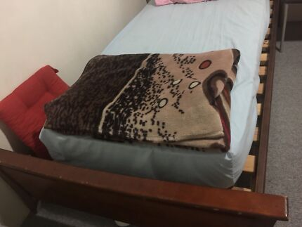 Wanted: Single bed and Double bed mattress