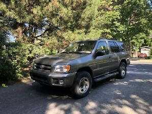 Nissan Pathfinder 2003 Chinook - RARE MANUAL TRANSMISSION