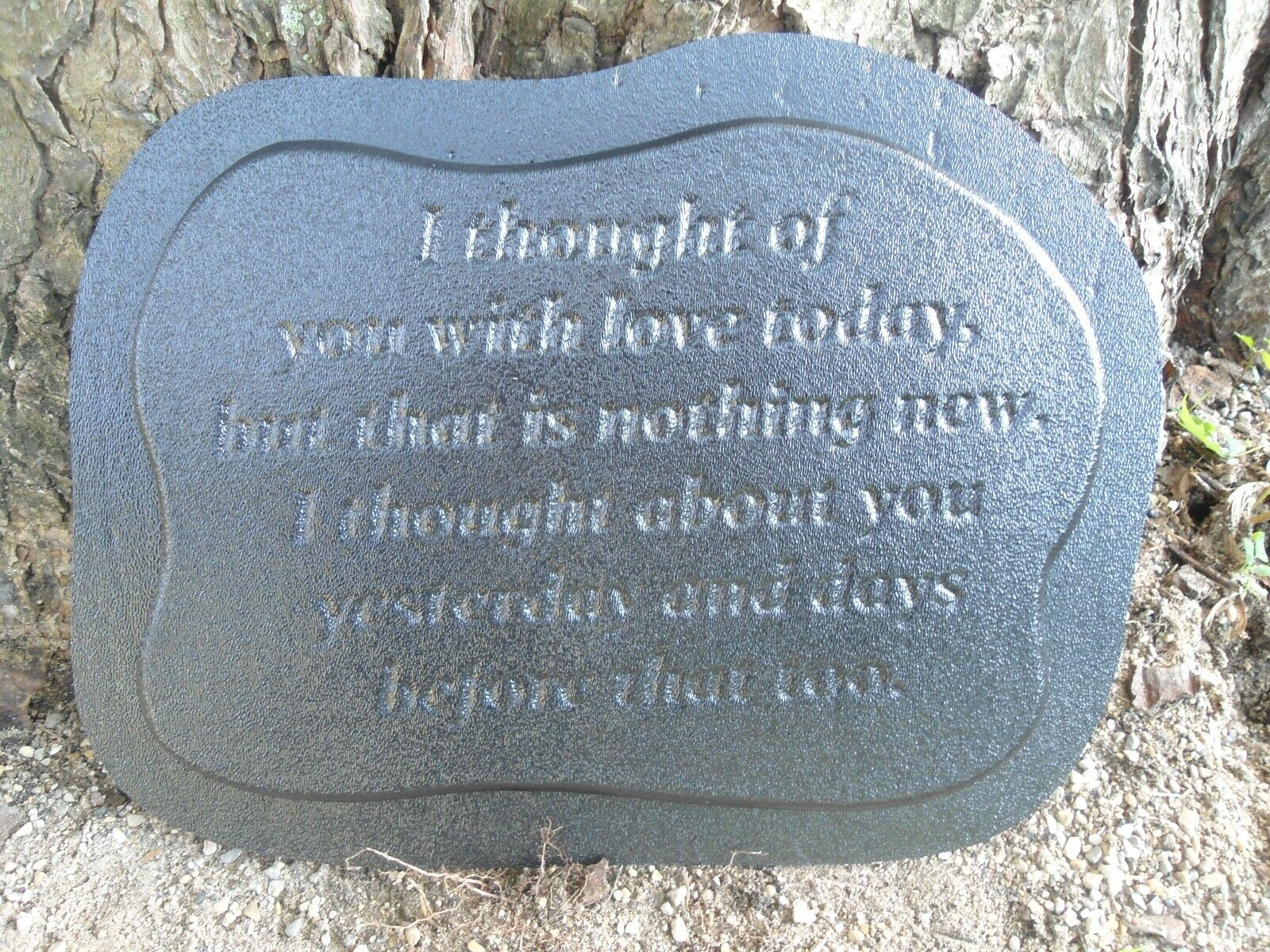plastic memorial plaque 2 mold garden ornament stepping stone plaster concrete picclick uk. Black Bedroom Furniture Sets. Home Design Ideas