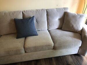 Sofa sectional couch
