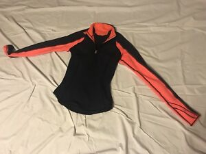 Lululemon reversible jacket in size 2, New with tags