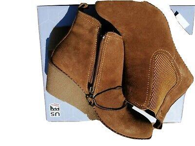 "Khombu ""Liz"" - Memory Foam Suede Leather Wedge Ankle Boots - Chestnut Size UK 5"