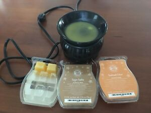 Scentsy wax warmer with 2.5 wax containers