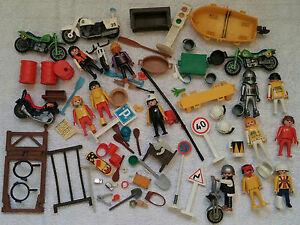 PLAYMOBIL MIX 12 Figuren + Motorrad + Boot + Schilder + Zubehör Gebraucht used