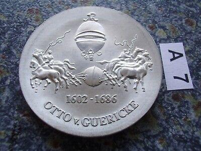 DDR Probe 10 Mark Silber 1977 Otto v. Guericke Geburtstag J.1565P Vakuum Pferde