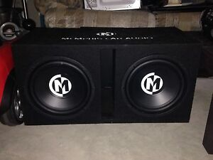 2 12 inch subwoofers in box with amp