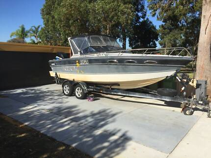23 foot Cabin Crusier + Pod conversion with 200hp Optimax