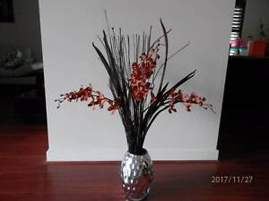 VASE WITH FLOWERS_1
