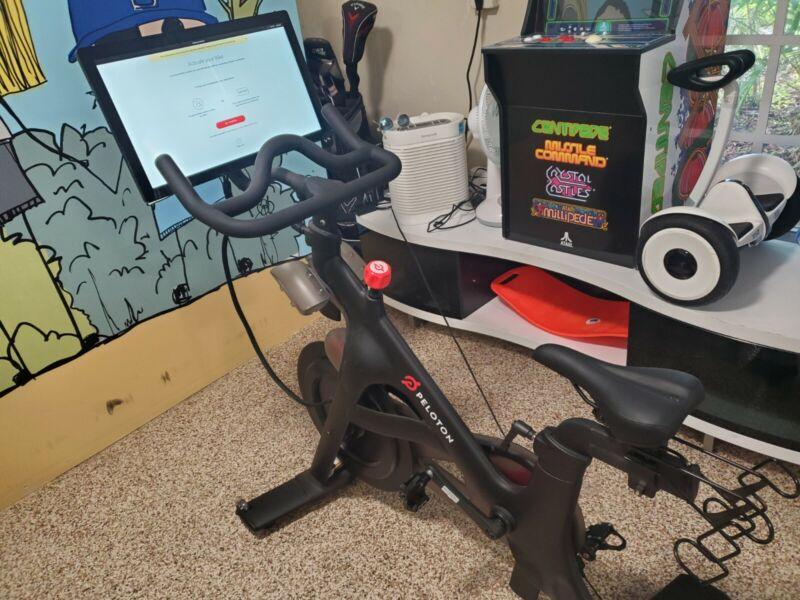 peloton bike Gen 2